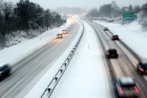safety tips for winter highway driving avoiding winter accidents
